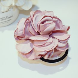 Bande de cheveux coréenne de tissu de mode d'art large anneau de cheveux de fleur de rose Tousheng camélia bande de caoutchouc tête de fleur accessoires de cheveux Marque cc Bijoux fabric rose heads for sale à partir de tissu rose têtes fournisseurs