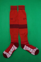 Wholesale 15 Bayern home red soccer socks men s Knee High cotton soccer stocking thai quality Thicken Towel Bottom long hose football socks wear