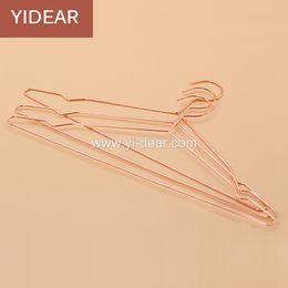 Wholesale Yidear elegant rosy gold steel clothes hanger metal wire copper coat hangers t shirt hanger dress hanger