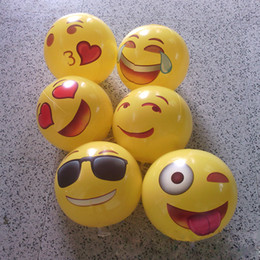 Wholesale Zorn toys Emoji Universe Emoji PVC Inflatable Beach Balls Inflatable Ball Pool Pack Outdoor Play Beach Toys