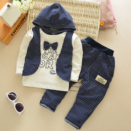 Wholesale Quality baby clothing sets Kids Hoodies bow striped sweater pants set boys gentle fake vest sports clothing suits cm kids