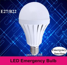 Wholesale LED bulbs E27 B22 Smart emergency light use as normal bulb W W W W Automatic control start when power outage working hours