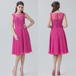 Fashion Formal A Line Knee Length Chiffon Beach Bridesmaid Dresses Appliques Button Back Sheer Back Cheap Wedding Party Gowns