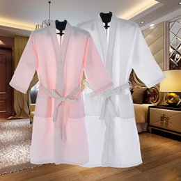 Wholesale-Kimono Bath Robe Sexy Unisex Mens Bathrobe Men Women Waffle Robes Three Quarter Sleeve Peignoir Homme V-Neck Badjas Sleep Lounge