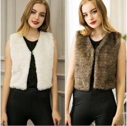 Desconto women s faux fur vest Elegante Europeu Feminino Ladies Casual curto Faux Fur Vest Outwear Outono Inverno mangas V-neck pele do falso Colete Gilet Brasão Vest