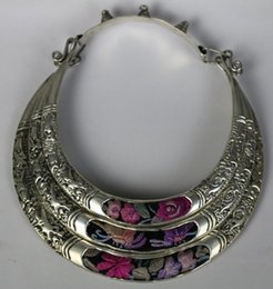 Wholesale cheap Tribal chinese minority people's old hand embroidery miao silver necklace Free Shipping