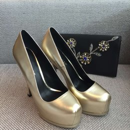 Wholesale Classic ladies dress shoes high heel wear same as shoppe item use best material italian genuine leather tread gold colour size