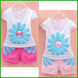 newest arrival lovely girls suits short white floral flower t-shirts pink or red short pants fashion girls clothing set toddler clothes