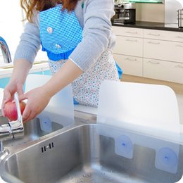 Wholesale CREATIVE HOME DRY KITCHEN WASH BASIN SUCKER VACUUM CUP SINK PLASTIC WATER ANTI SPLASH SPATTER GUARD DISH WASHING SPITTING BAFFLE BOARD