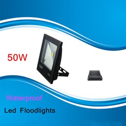 Wholesale Waterproof outdoor floodlight W projection lamp Thin material Led Floodlights Warm Cool White IP65 Led Flood Lights V