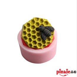 Wholesale bee cellular Handmade diy soap silicone mold soap candle molds sheep mould moulds form for soap