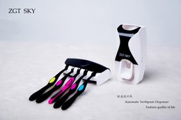 free shipping Multicolor automatic toothpaste dispenser toothbrush holder Home Gifts wash suit