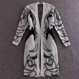 2017 autumn and winter Europe and America new knitting cardigan sweater loose bat sleeve long section of female coat