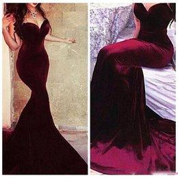 2016 Sexy Sweetheart Burgundy Mermaid Prom Dresses Velvet Slim robe oriental arabe rouge Sexy vestidos fiesta Evening Dress