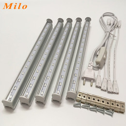 Wholesale led grow light nm red and nm blue led lamp for plants EU and American plug switch wire input voltage V