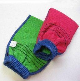 Wholesale hot sell korea hammam scrub mitt magic peeling glove exfoliating tan removal mitt