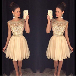 2018 Short Cheap Cocktail Dresses Scoop Neck Cap Sleeves Illusion Crystal Beaded Chiffon Short Mini Prom Dresses Party Homecoming Gowns