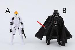 Promotion l'action de guerre Star War chevalier noir Darth Vader ornements de jouets pour enfants Stromtrooper Figures d'action 2 styles avec Model articulations mobiles