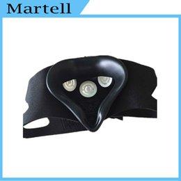 Wholesale 2016 Sport Mask MMA Boxing Medium M Size Men Fitness Supplies Sport Mask Outdoor Training Fitness Equipment Mask Black White