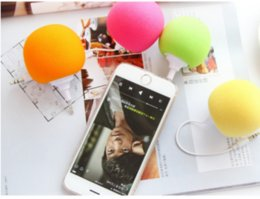 Wholesale Apple balloon small sound mobile phones mini speaker loudspeaker sponge ball speakers
