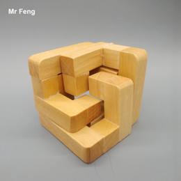 Fun Gifts Kids Jigsaw Puzzles Toys Children Practice Surround Kong Ming Lock Wooden Gadget