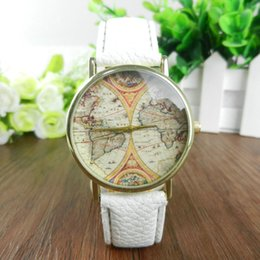 Acheter en ligne Cartes haute-Haute Qualité Genève Montre Nouvelles Femmes Hommes Vintage Earth World Map Montres Alliage analogique Quartz Montres Montres en cuir 100pcs / lot