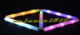 Acheter en ligne Conduit mousse bâton clignotant-2016 Lot de vente en gros conduit mousse stick clignotant mousse bâton, lumière LED phosphore acclamant bâton de mousse de lueur