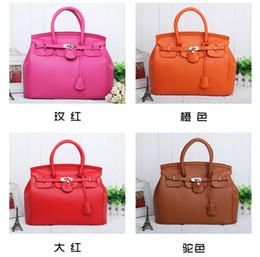 2017 New arrive Fashion small lock Women's Handbag Bag Shoulder bag Leather lady handbag Bag Totes fashion Bag