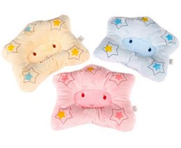 Wholesale Cartoon Star Shape Newborn infant memory foam pillow neck protection baby care bedding set concave massage sleeping pillow HK276