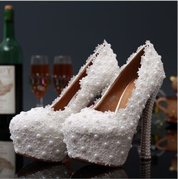 2017 New Platform Beautiful Pearl Rhinestone Lace White Wedding Shoes Women Pumps Party Dance Sexy High-Heeled Shoes10 12 cm size 34-39