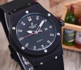 Wholesale Top Brand Master Classic Model Men Watch Luxury Mens Quartz Movement Rubber Band High Quality AudemarsPiguet Wristwatch