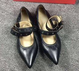 Wholesale autumn black belt sheepskin leather ballet shoes lady pointed leisure flat sheet with low