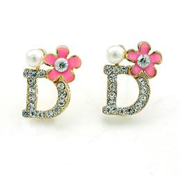 New Arrival Fashion Stud Earrings Korean Gold Plated Rhinestone Letter D Pearl Flower Earrings For Women Jewelry