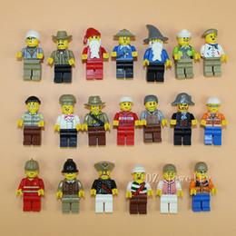 Compra Online Figuras de la gente modelo-Juego de 20 piezas al azar Minifiguras T Minifigures hombres de dibujos animados Modelos figuras bloques de construcción juguetes educativos DIY Bricks juguetes
