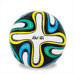 Wholesale 2016 TPU Smooth Anti slip Euro Standard Soccer Training Ball Men s New Top PU Football Ball Official Size Match Seamless Balls