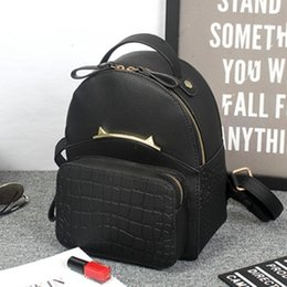 2016 Fashion Design Backpack Solid Pattern Double Zipper Metal Decoration Women Backpack Small Fresh PU Leather Backpacks forYoung People