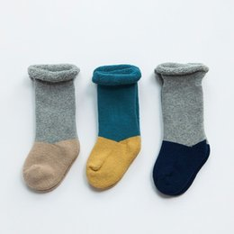 Wholesale winter terry thickening cotton baby socks baby cotton tube in the release of socks quality assurance