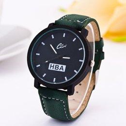 Acheter en ligne Hommes robe gros de montre-Vente en gros-Simple HBA Fashion bracelet en cuir unisexe Montres Hommes Sport Quartz Femmes Montre habillée