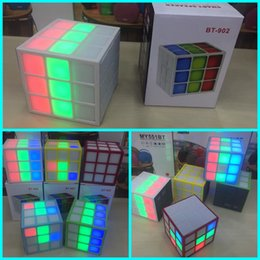 Wholesale Mini Magic Cube Design BT Colorful LED Flash Light Bluetooth Speaker Super Bass Sound Subwoofer Handsfree for iPhone Tablet PC