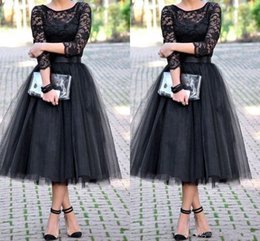 2016 Black Bridesmaid Dresses With 3 4 Long Sleeves Jewel Lace Tulle A Line Tea Length Wedding Party Gown Prom Homecoming Cocktail Dress