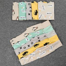 Wholesale Baby Boys Girls Pajamas Sets Kids Nightgowns Sleepwear Bttomos Tops Cotton Bape Leggings Piece Suit Children Cartoon Homewear Clothing