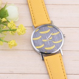 Wholesale Fashion Banana Printing watch leather men women unisex quartz stripes pattern dress casual new wristwatches for men women