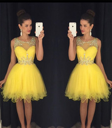 Glamorous Beadings Yellow Homecoming Dresses Cheap 2018 Sheer Tulle Illsuion Sleeveless Knee Length Short Mini Puffy Cocktail Dresses