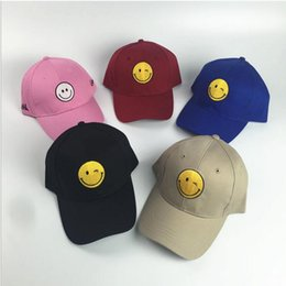 High Quality Fashion Outdoor Visor White Black Strapback Hats Smile Golf Cap Embroidered Emoji hip hop Baseball Cap Hat Brand Men Women