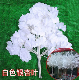 Wholesale 201 new White wedding props Road flower stage background decoration flower White artificial ginkgo biloba White leaves