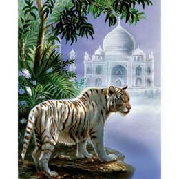 Wholesale New Winter Russian Church and tiger DIY D Diamond Painting Snowy Castle Oil Painting Landscape Crafts x50cm HWB