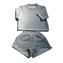2016 casual Two pieces Outfits Short Sleeve Bodycon Sexy Grey Short Jumpsuit Women Body Suit Crop Top and Short Pants Playsuits Active Women