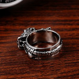 Wholesale 4PCS Retro Fashion Personality Titanium Steel Ring Domineering Leader Nightclub Tide Male Unique Jewelry Exquisite Jewelry Alloy Ring SP