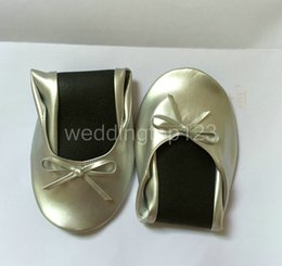 Wholesale Wedding Silver Ballet Shoes Fold Up Shoes Uk For The Ball And Wedding Party