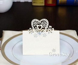 50pcs lot Free Shipping Laser Cut Flower Love Heart Shape Paper Place Seat Name Invitation Card for Wedding Birthday Party Table Decorations